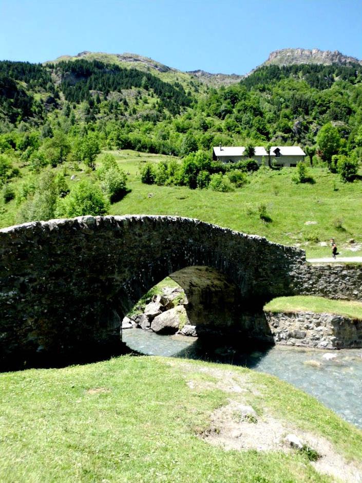 Activit s dans les hautes pyr n es camping du lac for Camping haute pyrenees avec piscine