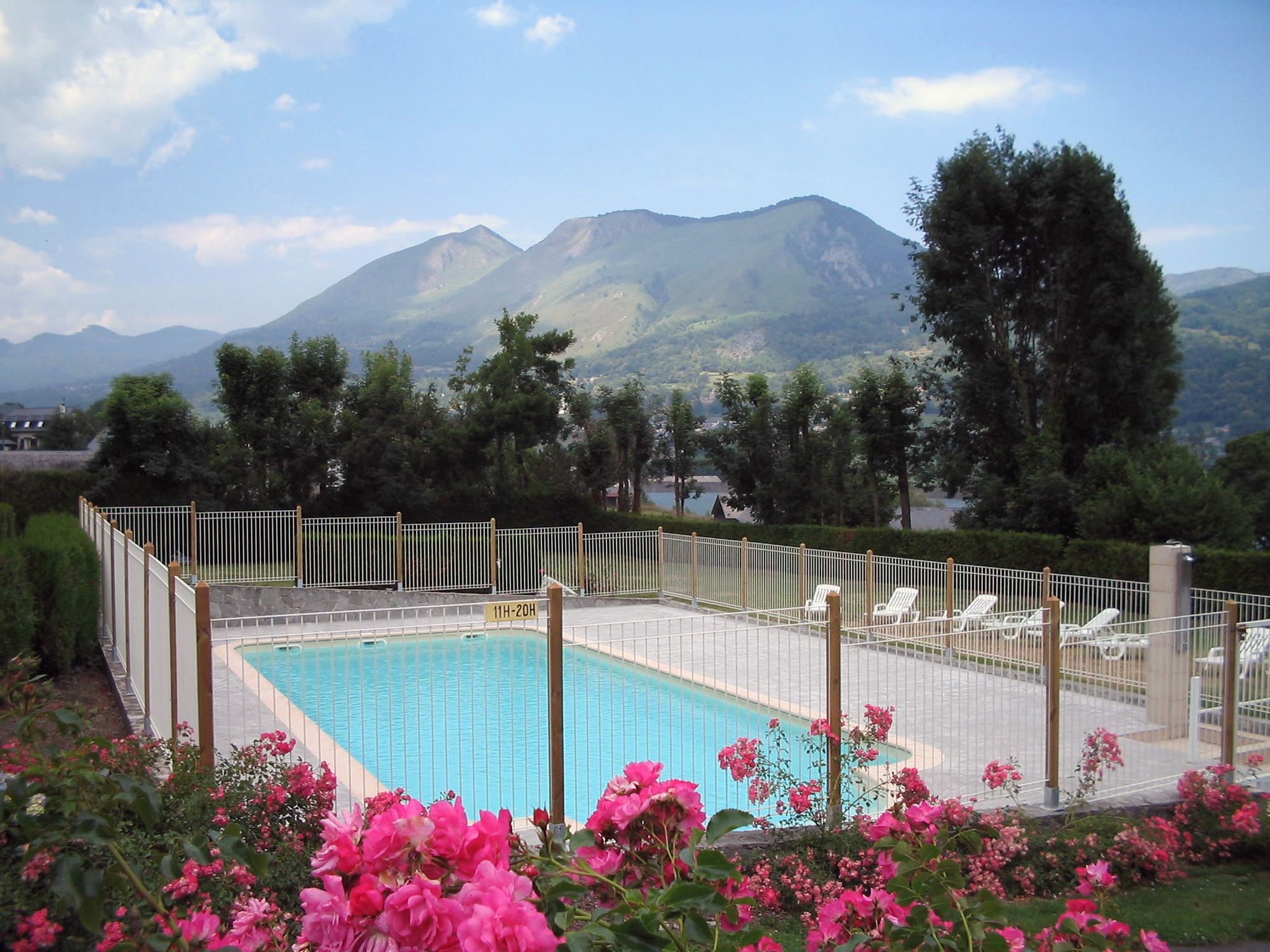 Camping du lac argel s gazost galerie photo for Camping haute pyrenees avec piscine